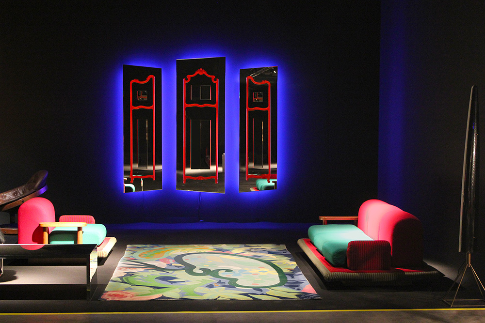 Flying Carpet, Ettore Sottsass. Erastudio Apartment gallery. Photo © Erastudio Appartment gallery