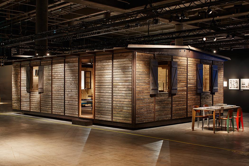 Maison d montable jean prouv galerie patrick seguin - Maison demontable jean prouve ...